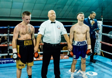 Paul Holt vs Luke Jones